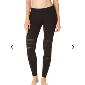 Nancy Rose Performance Sylar Pant